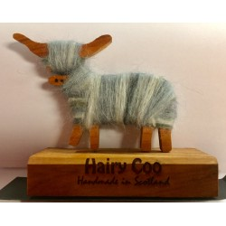 STANDING HAIRY COO